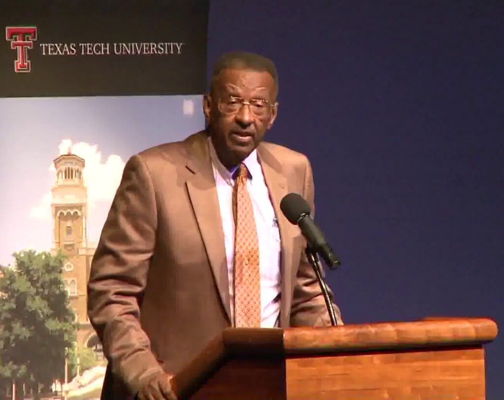 Walter_E._Williams_speaks_at_Texas_Tech_in_2013